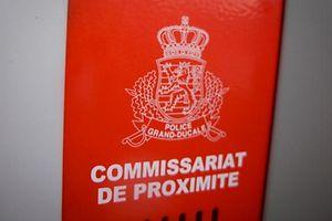 Commissariat de Proximité Nachbarschaftskommissariat Police Kommissariat Polizei