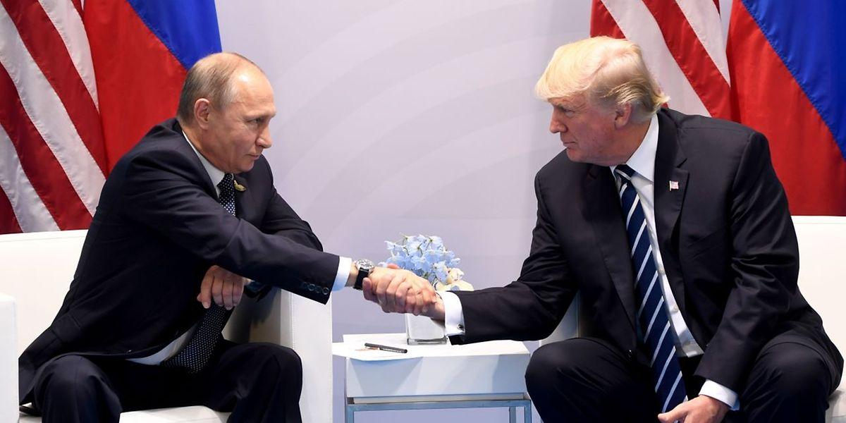 Russes et Américains sont convenus vendredi d'un cessez-le-feu à partir de dimanche à 09H00 GMT dans le sud de la Syrie.