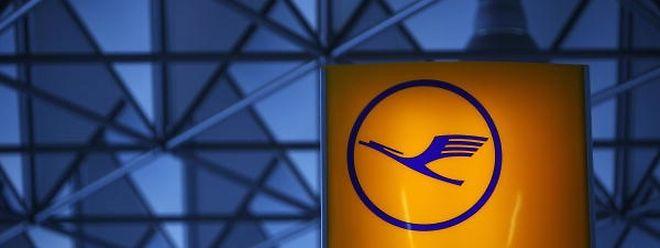 Depuis mercredi dernier, plus de 525.000 passagers ont souffert des perturbations de trafic et 4.461 vols ont dû être annulés, en comptant ces deux nouveaux jours de grève, a calculé le groupe.
