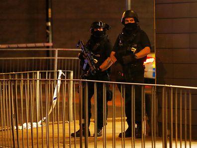 «La police et les services de renseignement pensent connaître l'identité (de l'auteur de l'attaque, ndlr) mais ne peuvent confirmer son nom à ce stade»