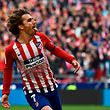 TOPSHOT - Atletico Madrid's French forward Antoine Griezmann celebrates after scoring during the Spanish league football match Club Atletico de Madrid against Real Madrid CF at the Wanda Metropolitano stadium in Madrid on February 9, 2019. (Photo by PIERRE-PHILIPPE MARCOU / AFP)