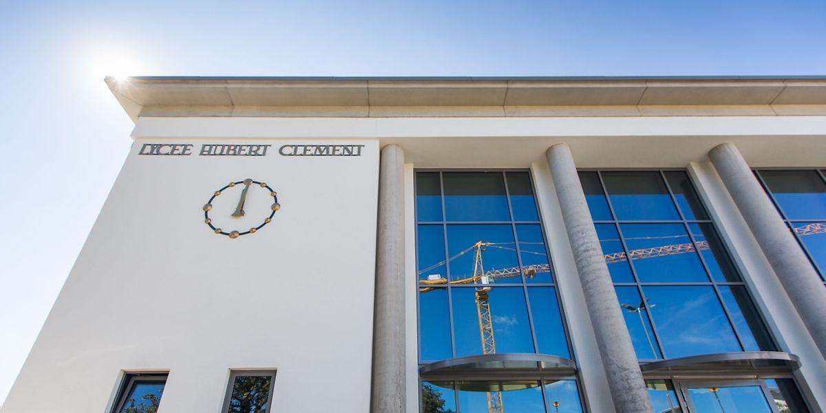 Die Renovierungsarbeiten des Lycée Hubert Clement werden ein weiteres Jahr andauern.