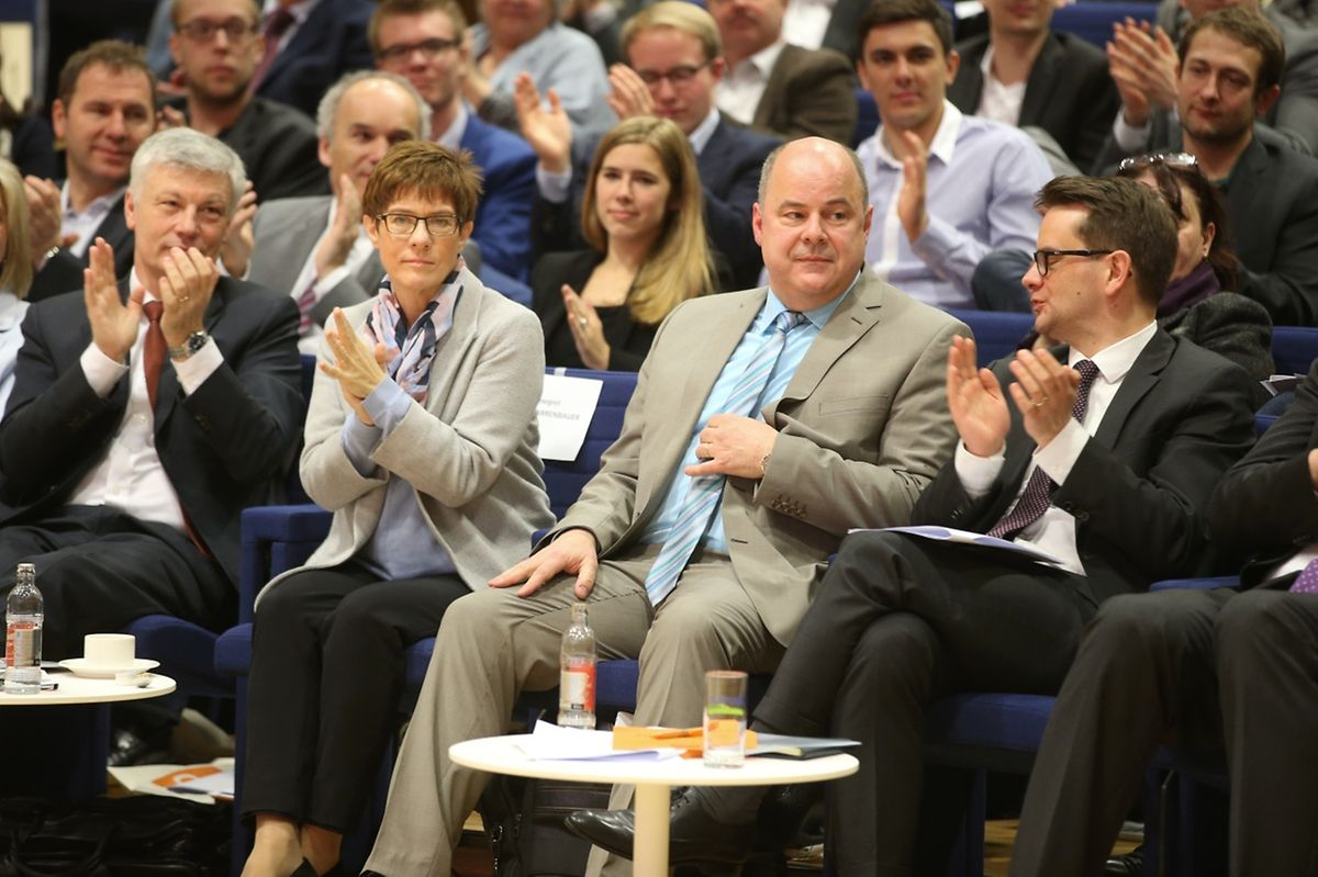 CSV-Fraktionschef Claude Wiseler, Ministerpräsidentin des Saarlandes, Annegret Kramp-Karrenbauer, Parteichef Marc Spautz, Generalsekretär Laurent Zeimet (v.l.n.r.)