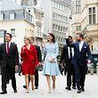 Déplacement à pied à partir du palais grand-ducal vers le Lëtzebuerg City Museum (de g. à dr.) Xavier Bettel, Premier ministre, ministre d'État, ministre de la Culture; S.A.R. la Grande-Duchesse héritière ; S.A.R. la duchesse de Cambridge ; S.A.R. le Grand-Duc héritier ;