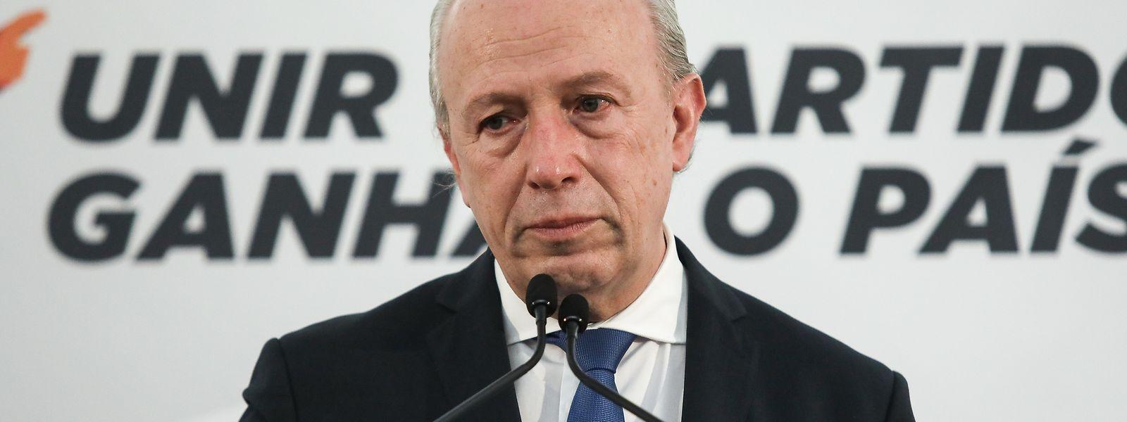 O candidato à liderança do PSD, Pedro Santana Lopes, reagiu após perder as eleições para a presidência do partido