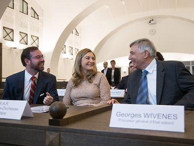 Erbgroßherzog Guillaume und seine Frau Stéphanie zu Besuch in der Cité Judiciaire.