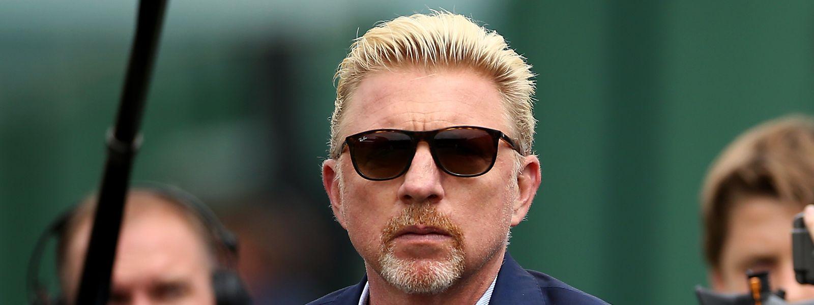 Dettes ou pas, Boris Becker n'est jamais loin des terrains de tennis. Comme actuellement à Wimbledon.