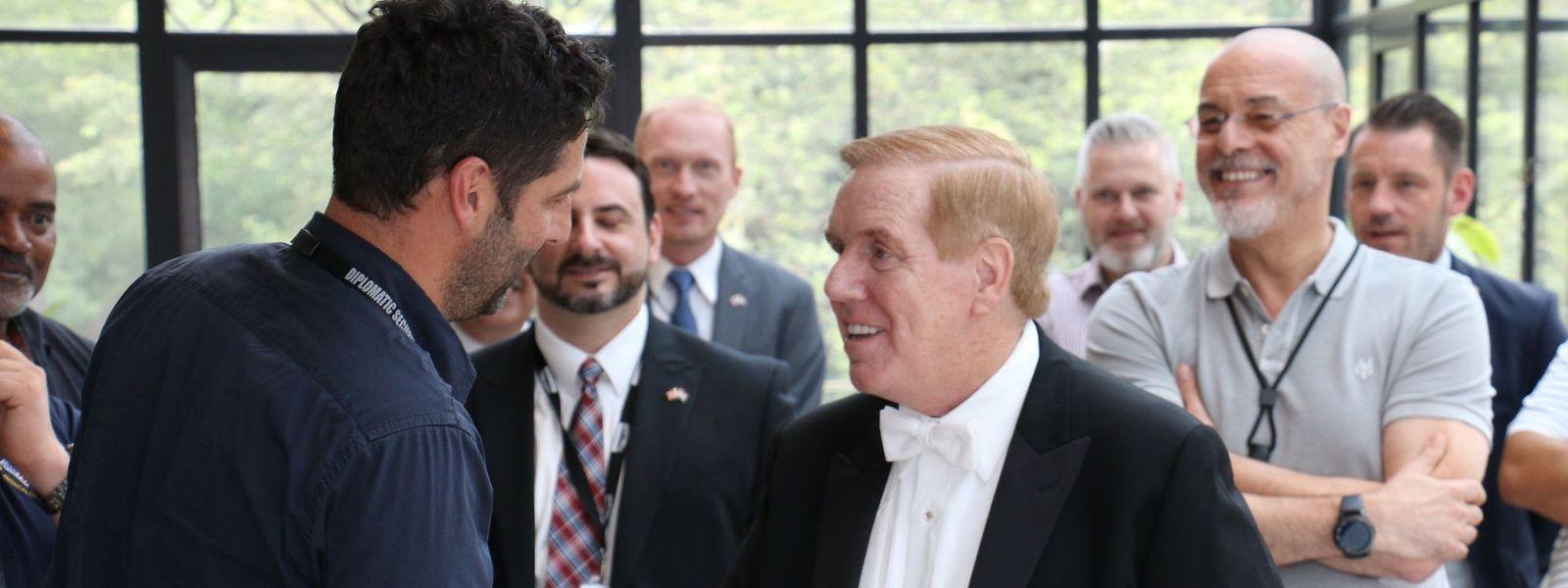 Kurz vor seinem Besuch beim Großherzog hat US-Botschafter Evans seine neuen Mitarbeiter in der Botschaft kennen gelernt.