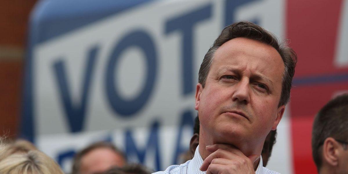 Kein sofortiger Rücktritt: Britischer Premier David Cameron