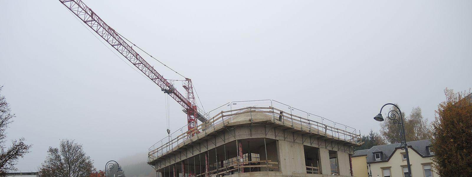 Das neue Gemeindehaus nimmt Form an. Dies gilt auch für die drei Fusionsprojekte.