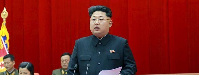 """Nordkorea habe sich """"in die erste Reihe der Militärmächte eingefügt, die die volle Fähigkeit für einen Atomangriff haben"""", so Kim Yong Un."""