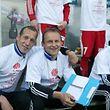 Jeff Strasser passera sa licence UEFA Pro au cours des dix prochains mois et, à la reprise, passera le relais à Cyril Serredszum en début de semaine