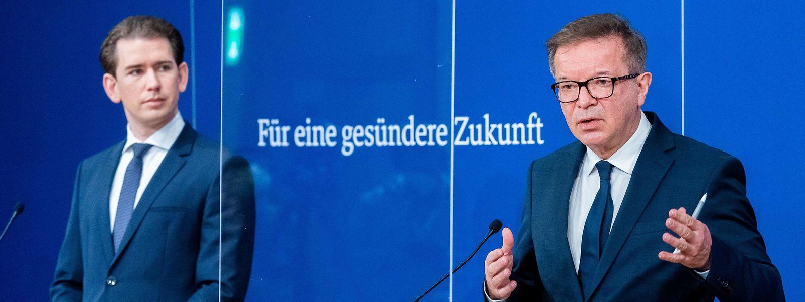 Der österreichische Kanzler Sebastian Kurz (.) gönnt seinem grünen Gesundheitsminister Rudolf Anschober den Erfolg nicht.