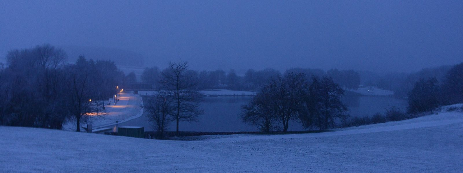 La neige a modifié la couleur du paysage de l'Oesling.