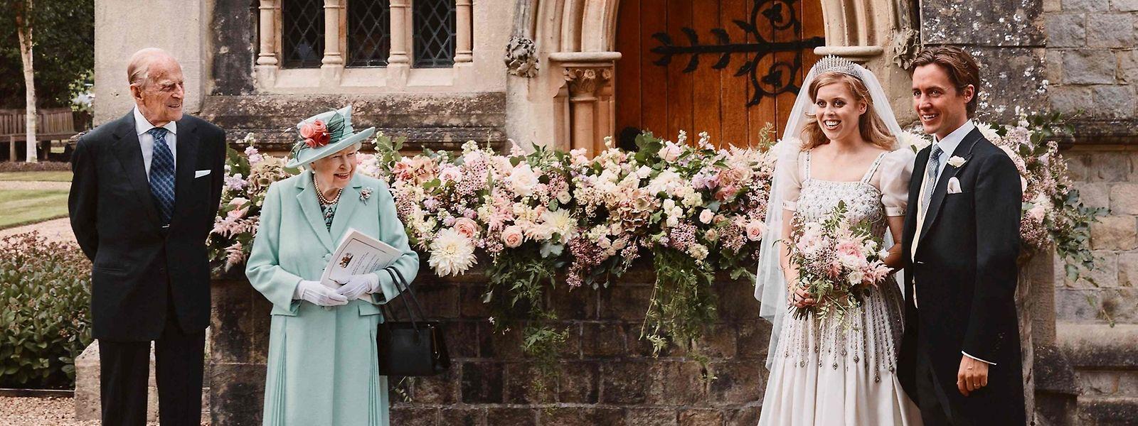 Kleid Queen Hochzeit  seattle 2022