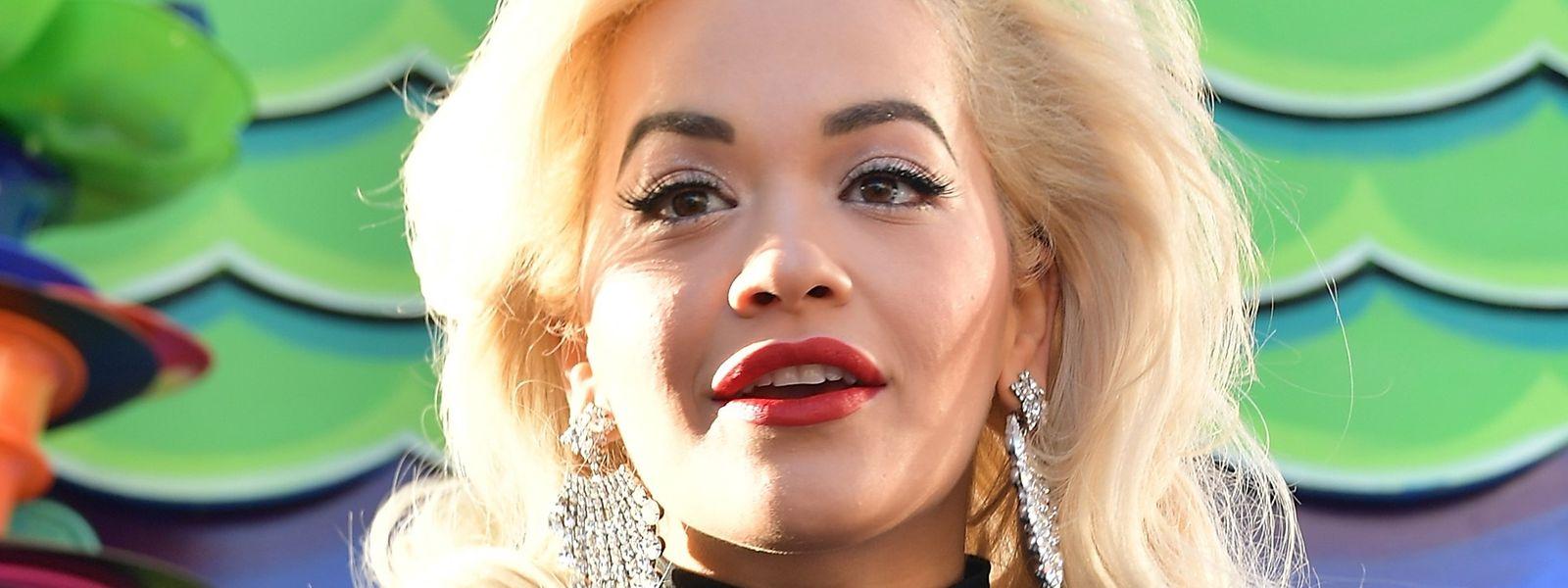 Rita Ora, na parada de Thanksgiving, em Nova Iorque.