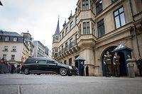 Lokales,Grand-Duc Jean.Transfert Colmar-Berg/Palais.- GRAND-DUC JEAN: - Transfert de la dépouille mortelle (Palais) -  Foto: Pierre Matgé/Luxemburger Wort