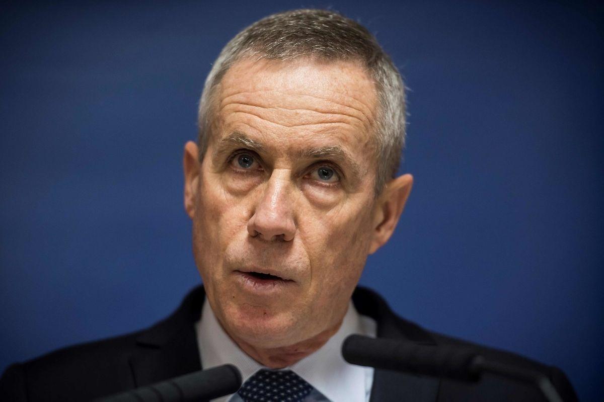 Sowohl die Straßburger Gruppe als auch der in Marseille festgenommene Mann hätten gleichlautende Anweisungen erhalten, um sich Waffen zu beschaffen, sagte der Staatsanwalt François Molins.