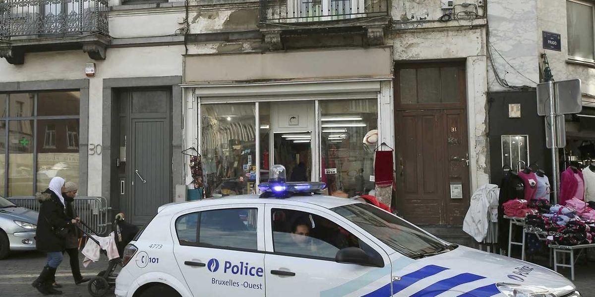 Une patrouille de police dans un quartier de Bruxelles.