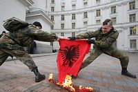 Am 17. Februar 2008 hat der Kosovo seine Unabhängigkeit von Serbien proklamiert.
