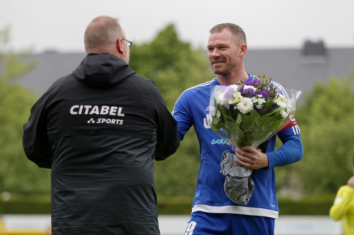 Des fleurs pour Julien Jahier, meilleur buteur de son équipe cette saison et peut-être joker de luxe pour la finale.