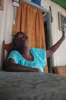 Rita continua a lutar para um dia voltar à sua ilha, de onde foi desalojada há mais de 40 anos