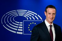 Facebook CEO Mark Zuckerberg arrives at the European Parliament, prior to his audition on the data privacy scandal on May 22, 2018 at the European Union headquarters in Brussels.  / AFP PHOTO / JOHN THYS
