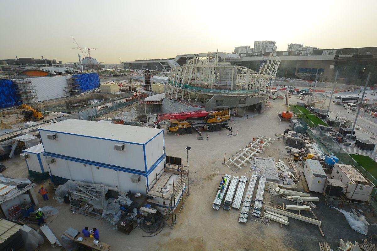 Ein Bild der Bauarbeiten am Donnerstagnachmittag: Die Bauarbeiten laufen weiter.