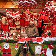 In 130 Holzchalets finden Besucher seit Samstag alles, was das weihnachtliche Herz begehrt.