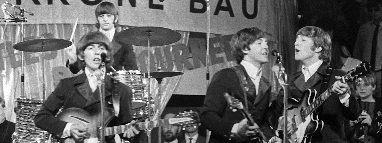 Die Beatles 1966 im Münchner Zirkus Krone.
