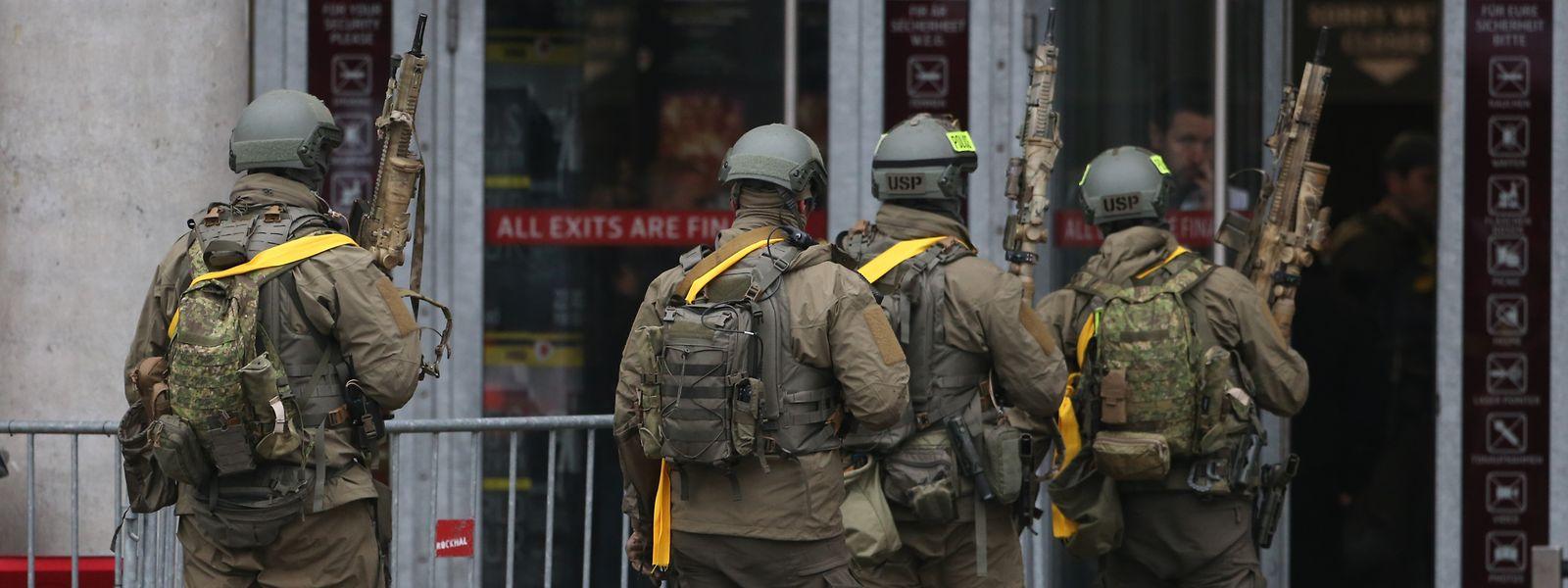 Die Ausbildung der Mitglieder des Polizei-Sondereinsatzkommandos ist sehr anspruchsvoll. Zwei Ausbilder sollen aber mehrere Grenzen überschritten haben. Das Foto entstand bei einer Antiterror-Übung der Polizei Anfang 2019 in der Rockhal.