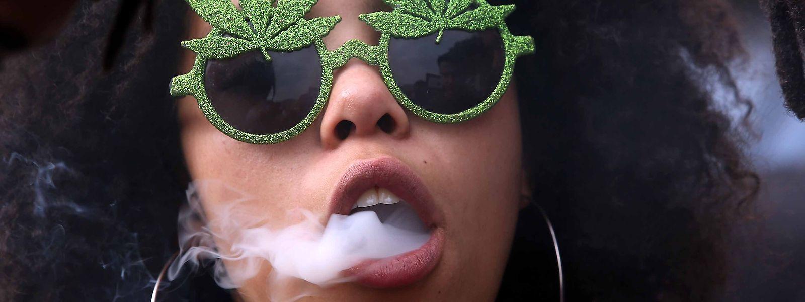 """In Kapstadt findet jährlich ein """"Global Cannabis March"""" (Foto) statt, bei dem die Konsumenten für ihre Rechte auf die Straße gehen."""