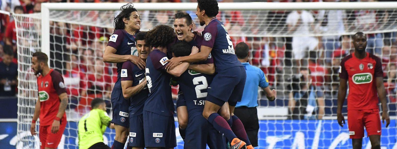 Die Spieler von Paris SG bejubelten zwei Treffer.