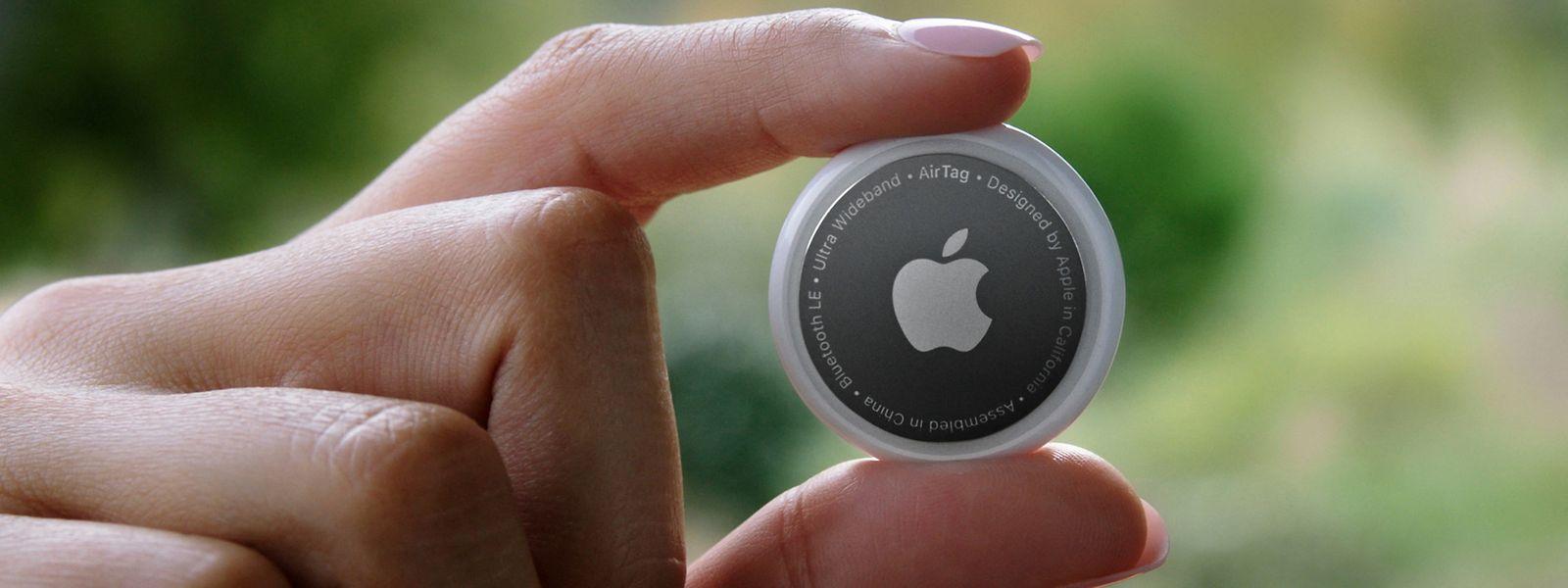 Apple stellte bei dem Event die AirTags vor - kleine Plättchen, die man an Gegenständen wie Schlüsseln anbringen kann, um diese schnell wiederzufinden.