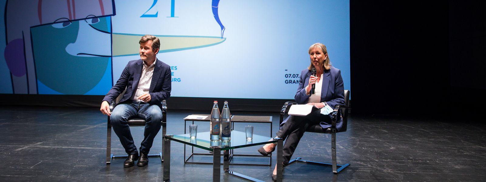 Stadtbürgermeisterin Lydie Polfer und Tom Leick-Burns, Direktor der Theaterhäuser der Stadt Luxemburg.