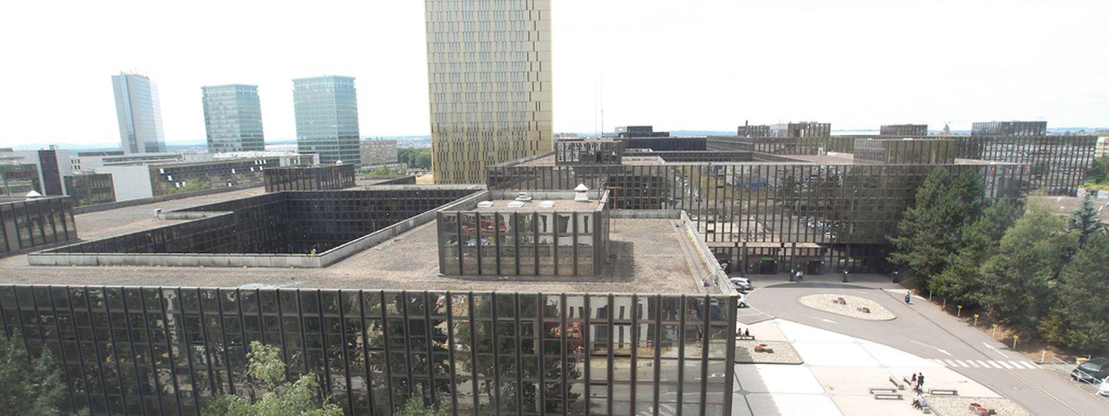 """Die Tage des Jean-Monnet-Gebäude sind längst gezählt - jetzt wurde man sich einig über die Übergangsregelung bis zur Fertigstellung des """"Jean-Monnet II.""""."""