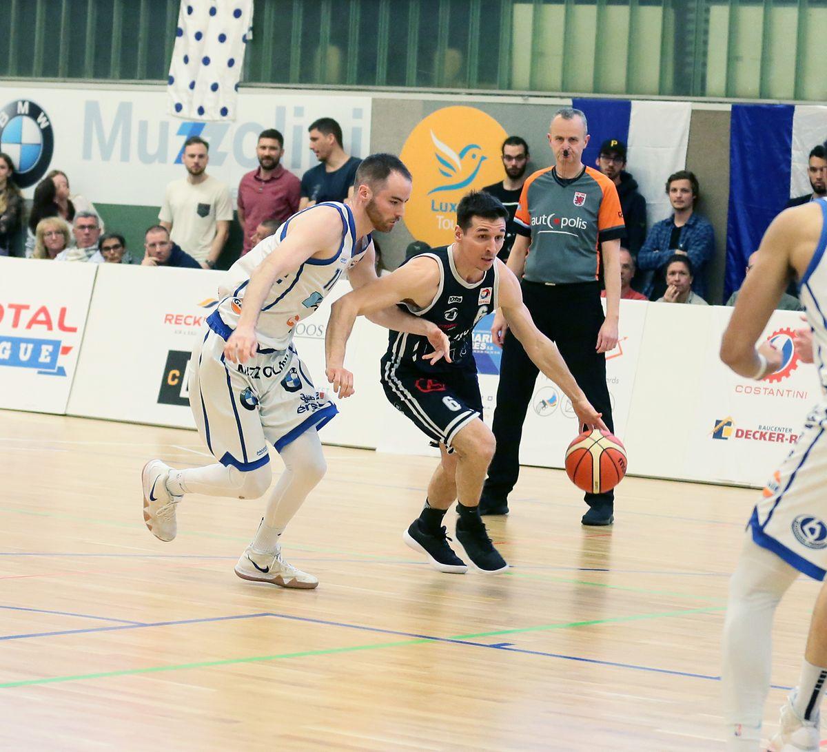 Eric Jeitz (r.), hier gegen Clancy Rugg (Basket Esch), hört nach dieser Saison auf.