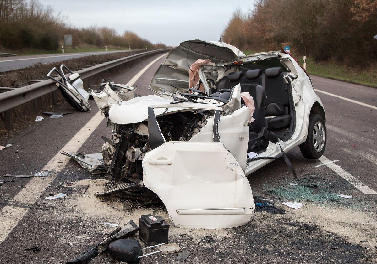 Für den Beifahrer im Auto kam jede Hilfe zu spät.