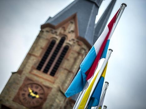105 Kirchenfabriken werden juristisch gegen die Konvention zwischen dem Bistum und der Regierung über die Trennung von Kirche und Staat vorgehen.