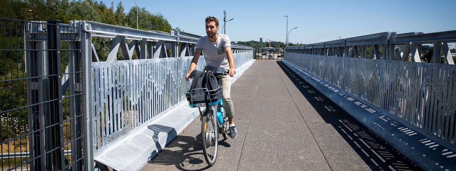 Seit dem 20. Januar wurde an dem neuen Weg zwischen Cloche d'Or, dem Park&Ride Sud und Howald gebaut. Der Kostenpunkt von einer Million Euro, davon alleine 250.000 Euro für die Brücke, wurde vom Staat finanziert.