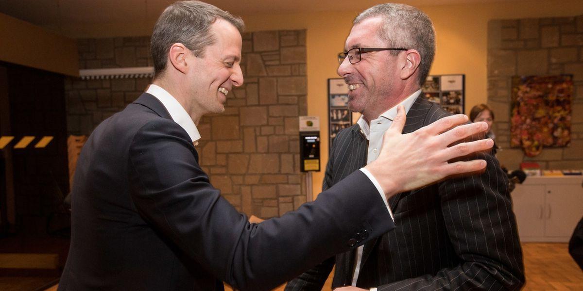Gut gelaunt ins Duell: Serge Wilmes und Frank Engel (r.) wollen Marc Spautz als CSV-Chef beerben.