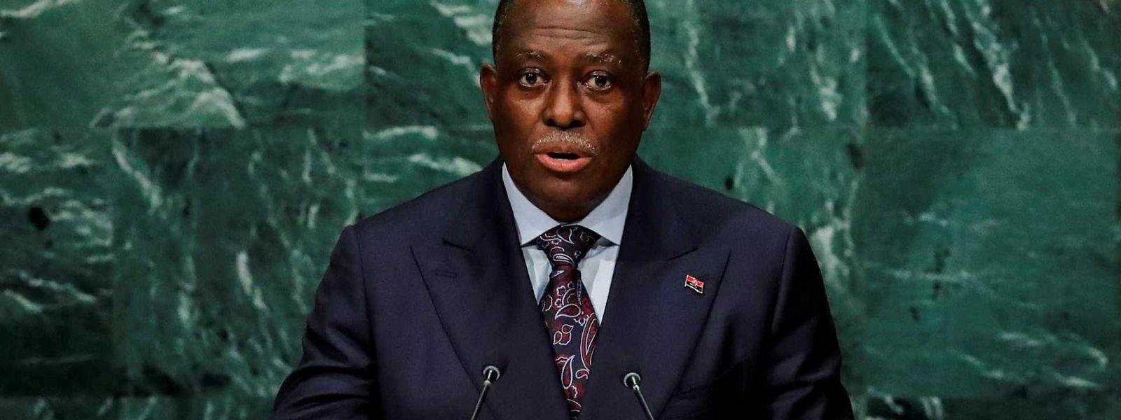Manuel VIcente a discursar na ONU, quando era vice Presidente de Angola.