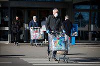 Corona-Visus - Einkaufen - Atemschutz -  Masken - Foto: Pierre Matgé/Luxemburger Wort