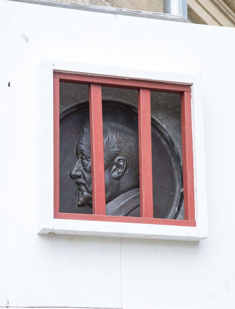 Nicolas Cito wurde symbolisch hinter Gitter gesetzt.