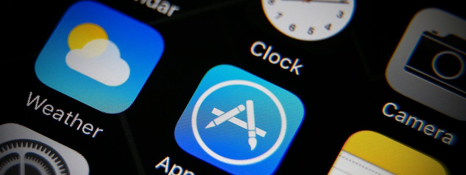 Eine Gruppe deutscher Verbände aus der Medien- und Werbewirtschaft wirft Apple unfairen Wettbewerb vor.
