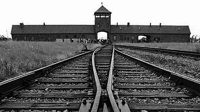 """Cinquenta dos 293 refugiados judeus do """"comboio do Luxemburgo"""" morreram em Auschwitz"""