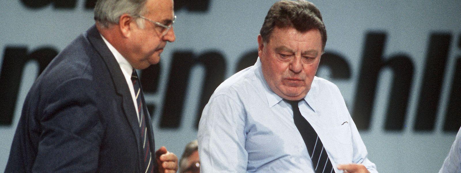 1979 wurde Franz Josef Strauß (CSU, rechts) Kanzlerkandidat der Union, doch er verlor die Wahl gegen Helmut Schmidt. Kanzler wurde schließlich 1982 sein CDU-Kontrahent Helmut Kohl.
