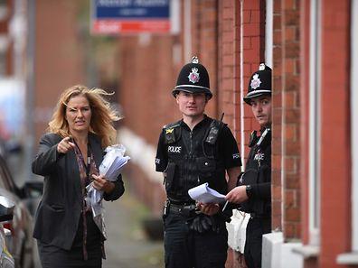 Une opération de police était en cours samedi midi à Manchester dans le quartier sud de Moss Side, où une arrestation avait eu lieu la veille.