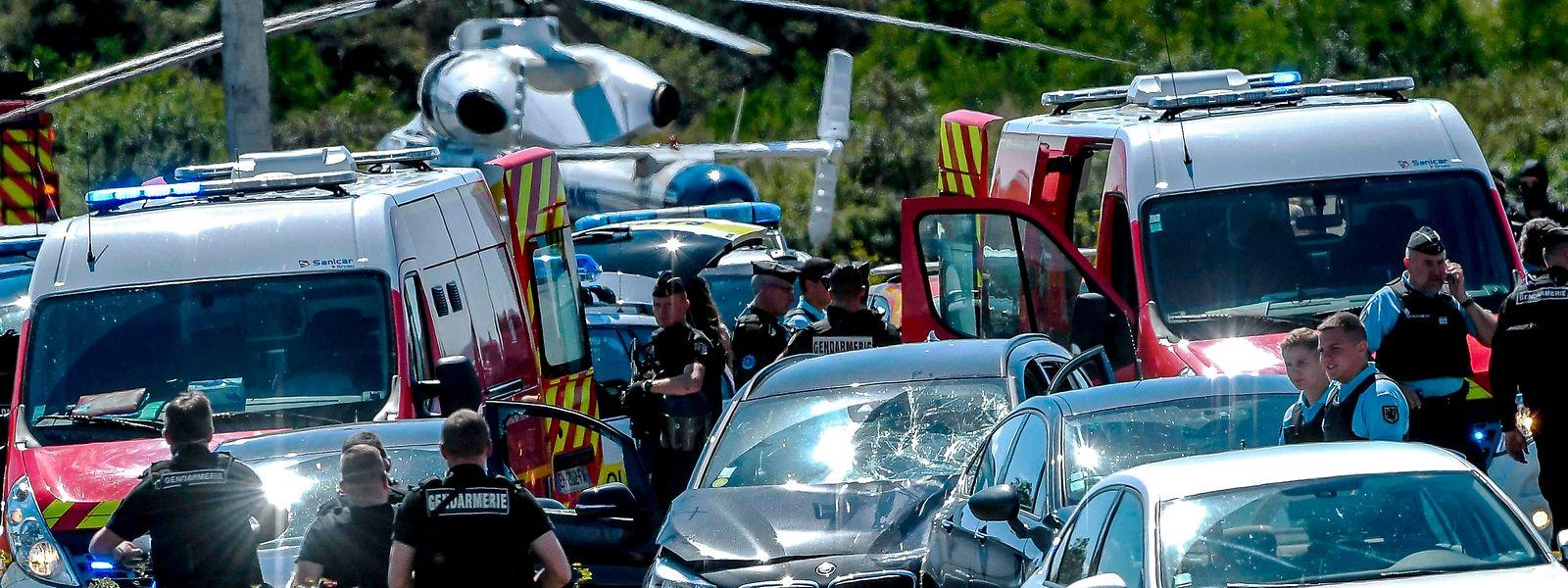 Der Verdächtige war am Mittwoch auf der Autobahn A 16 in der Nähe der nordfranzösischen Stadt Boulogne-sur-Mer durch eine Spezialeinheit der Polizei gestoppt worden.