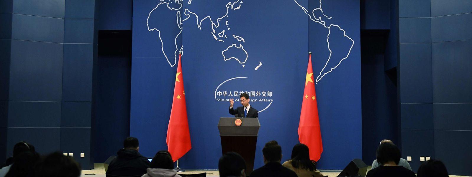 Der Sprecher des chinesischen Außenministeriums Geng Shuang bei einer Pressekonferenz in Beijing am Mittwoch.